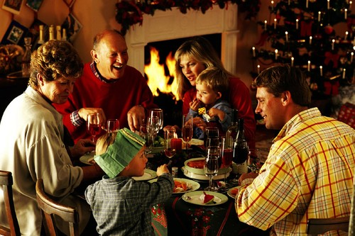 Family-eating-Christmas-dinner.jpg