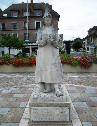 marie-harel-statue.jpg