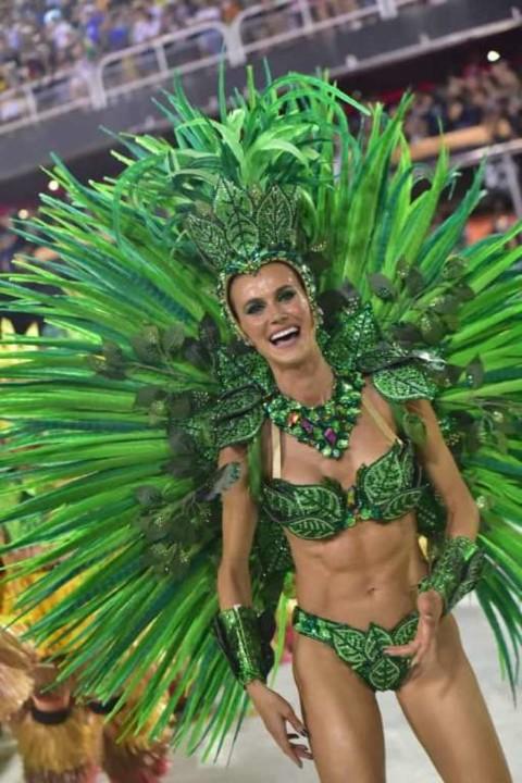 Renata Kuerten (Carnaval Rio 2020).jpg