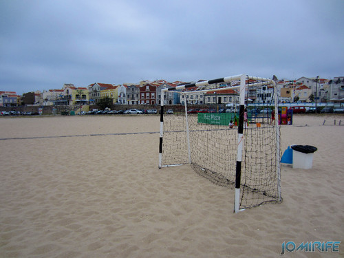 Campos de praia da Figueira da Foz / Buarcos #11 - Futebol na areia com balizas pequenas (2) [en] Game fields on the beach of Figueira da Foz / Buarcos - Football in the sand with small goals