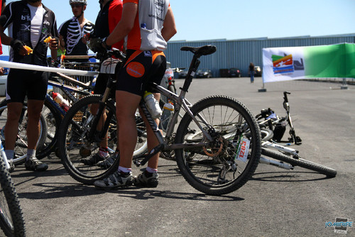 BTT XCM 2012 Montemor (290) Bicicletas a descansar