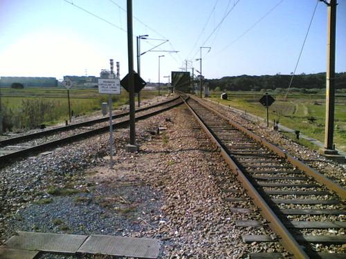 Estação de comboio Bifurcação de Lares: Linhas