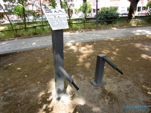 Jardim do Polis Leiria (Centro) - Circuito de Manutenção Física (11) Tricep e Flexões [en] Polis Garden of Leiria, Portugal