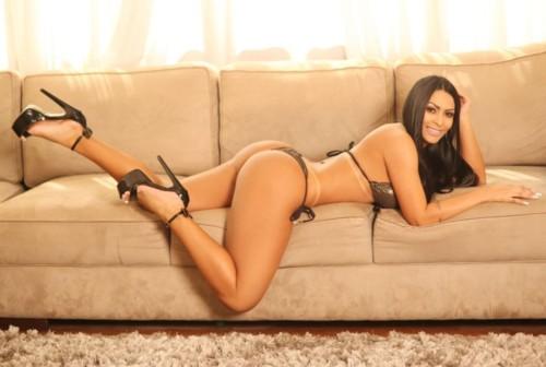 Ellen Santana (Bumbum 105 cm).jpg