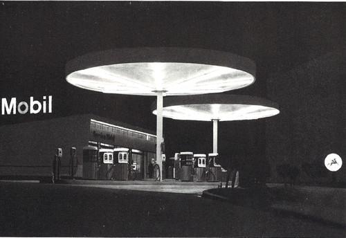 A nova Servauto de noite, Areeiro (Gazeta Mobil, 1967)
