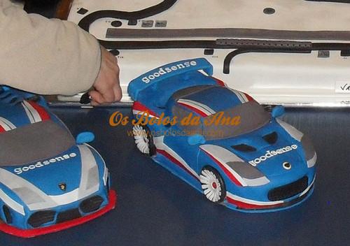 Os Bolos da Ana [****] - 515 Bolo 3D Carros Equipa