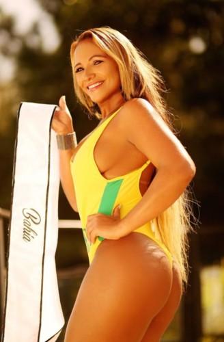 Lady Oliveira 5.jpg
