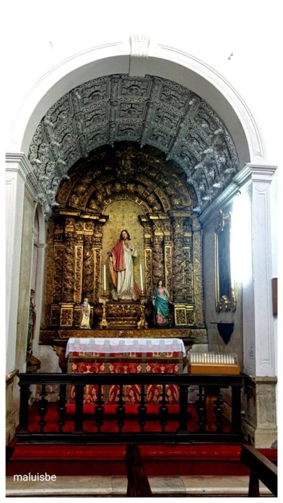 Igreja de S. Bartolomeu. capela lateral do Sagrado