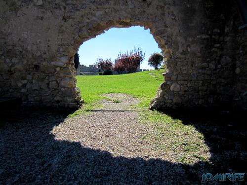 Castelo de Montemor-o-Velho - Buraco na muralha [en] Castle of Montemor-o-Velho in Portugal