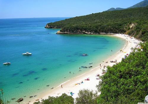 os-melhores-lugares-para-visitar-em-portugal-praia