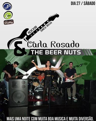 Carla Rosado e a sua banda para mais uma atuação...