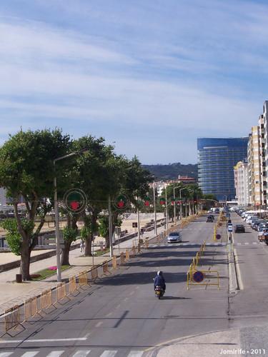 Figueira da Foz: Avenida pronta para o S. João