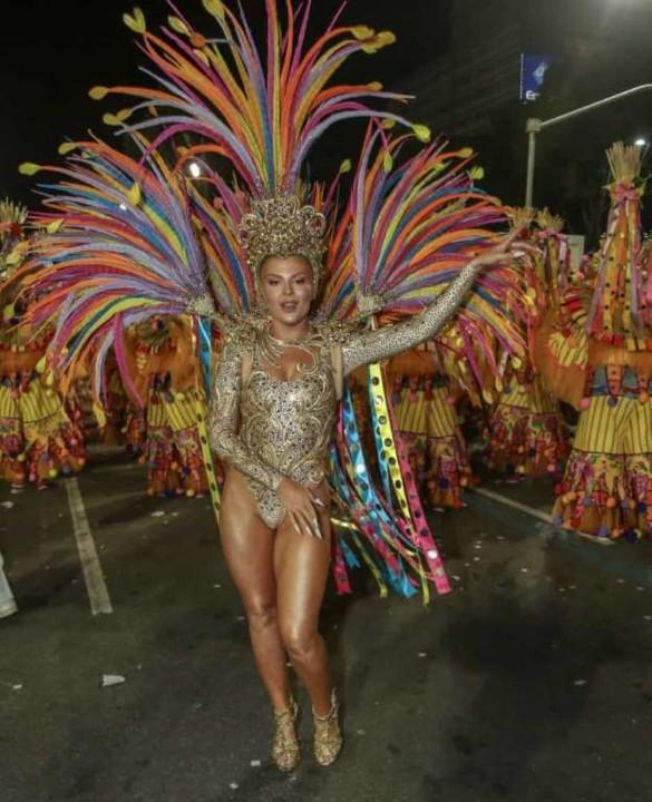 Luísa Sonza 3 (Carnaval Rio 2020).jpg