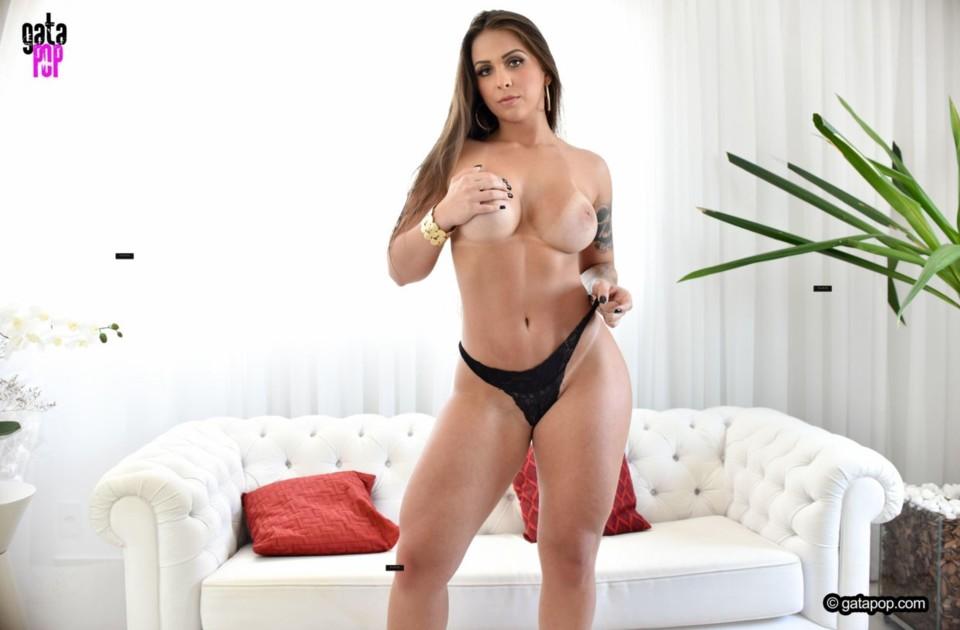 Mônica Renner 22.jpg