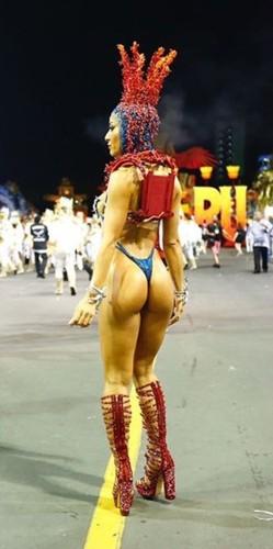 Sabrina Sato 3 (Carnaval S.Paulo 2018).jpg