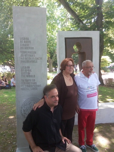 memorial LGBt Homofobia Lisboa.jpg