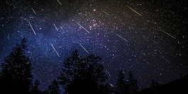 Perseid-Meteor-Shower-in-2016.jpg