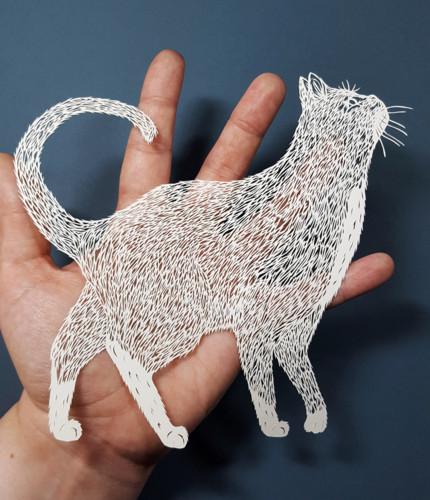 paper-cutting-artist-pippa-dyrlaga-designboom-4.jp