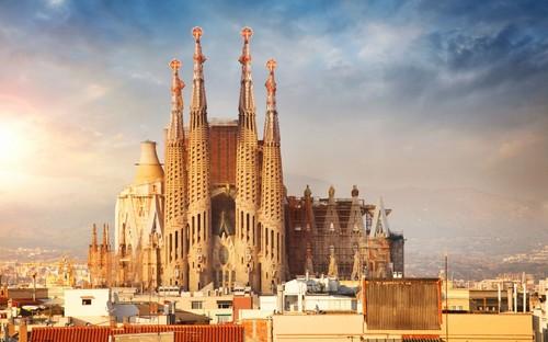 o-que-visitar-em-barcelona-sagrada-familia.jpg