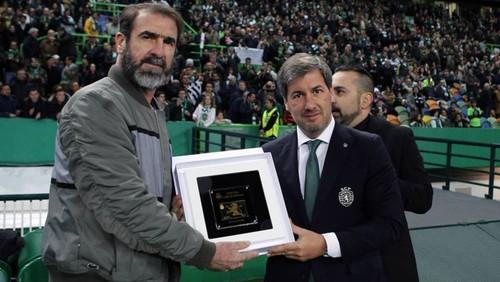 Cantona sócio 150 000.jpg