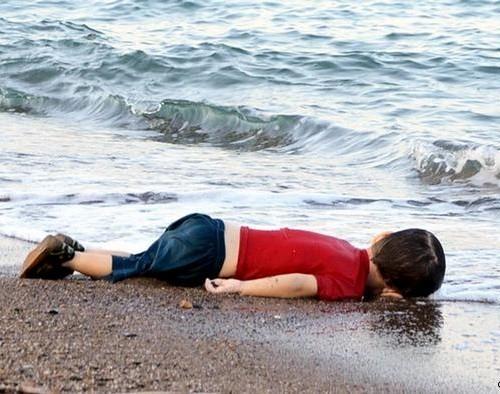 criança-morta-síria-refugiados-europa.jpg