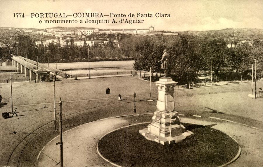 Largo da Portagem, monumento a Joaquim António de