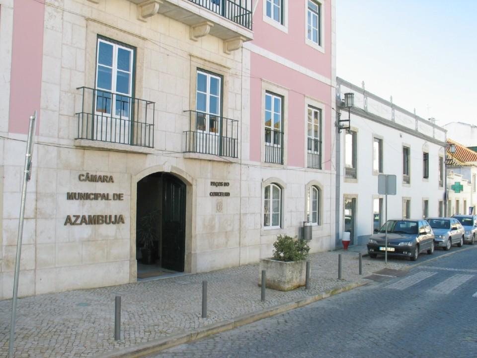 edifício CMAzambuja.JPG