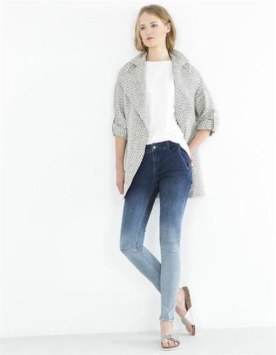 blanco-jeans-14.jpg