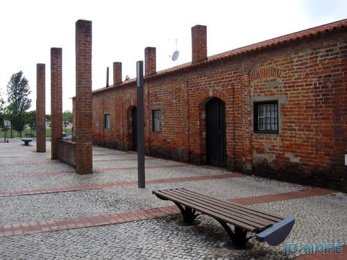 Marinha Grande - Antigas instalações de tijolo burro [en] Marinha Grande in Portugal - Old plant with bricks