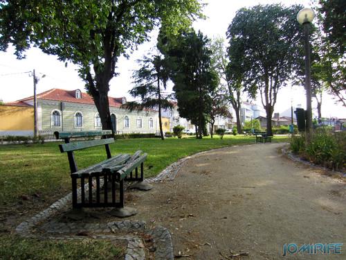 Jardim da Marinha Grande (8) Bancos [en] Garden of Marinha Grande in Portugal - Bench
