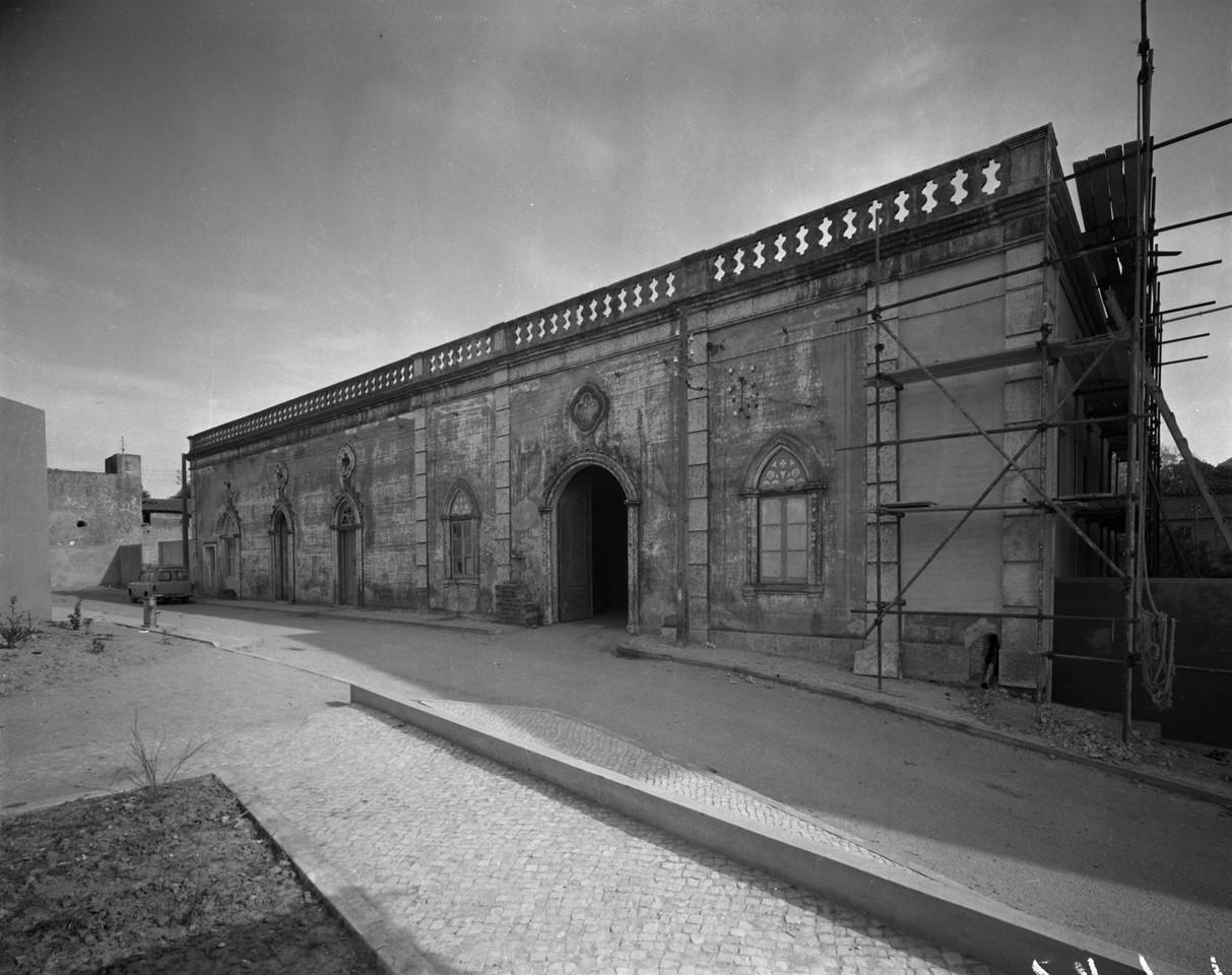Entrada para as cocheiras do Seminário dos Franci