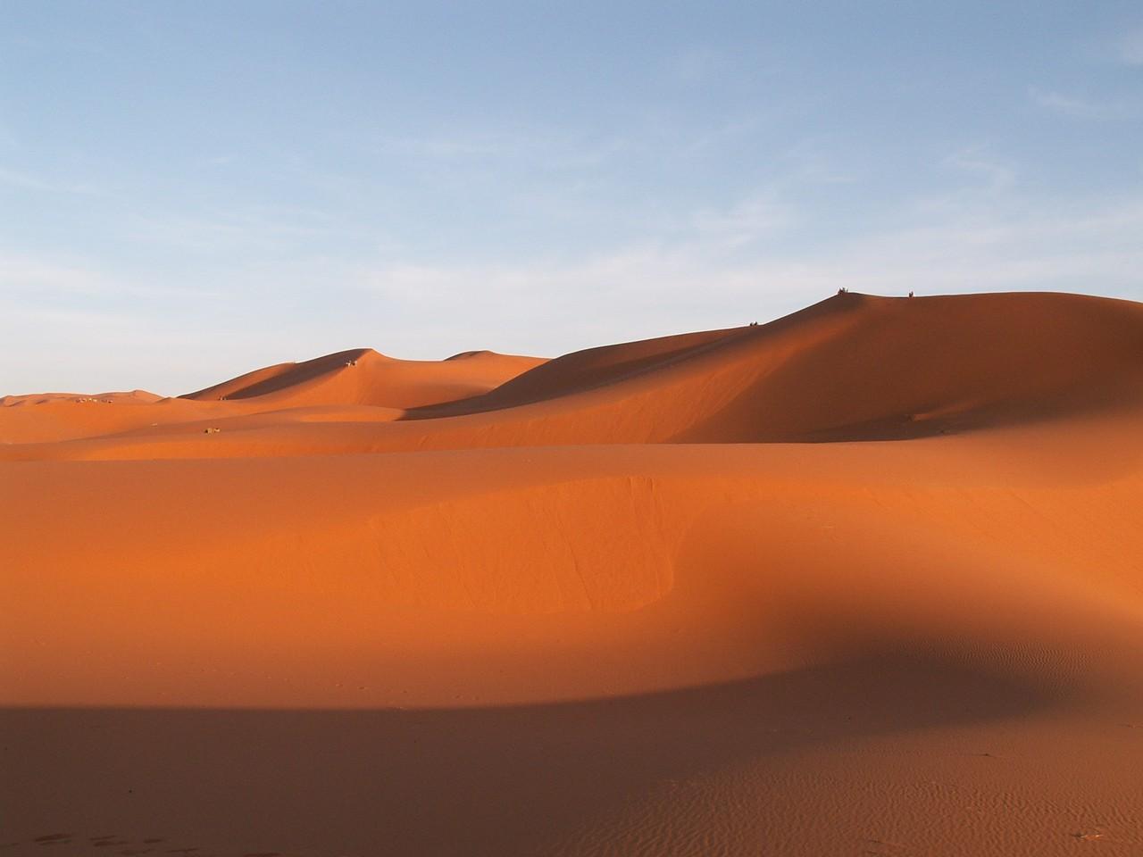 travel-morocco-erfoud-sand-dune.jpg