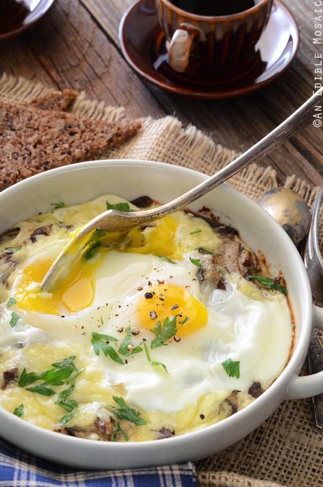 Cheesy-Mushroom-Baked-Eggs-for-Two-2.jpg