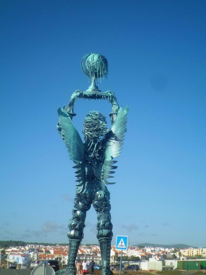foto estatua 1.jpg