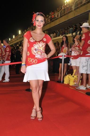 Camila Rodrigues 16.jpg