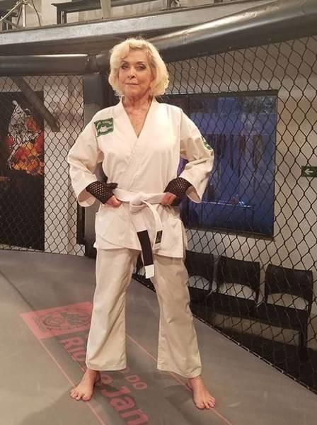Betty Faria (atriz).jpg