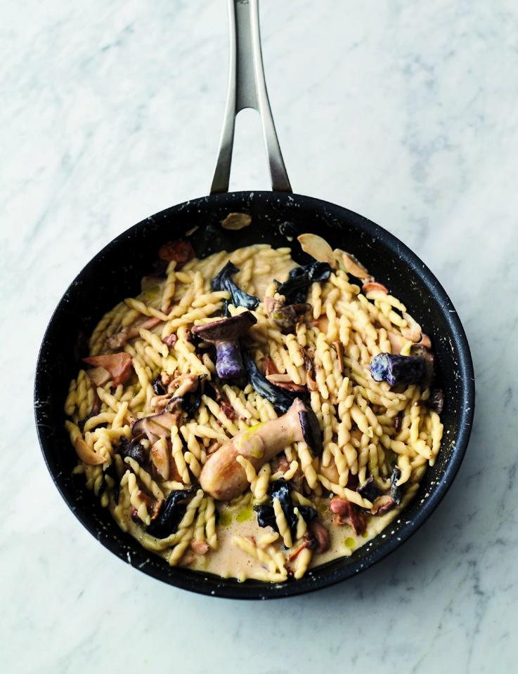 5I_garlic_mushroom_pasta.jpg