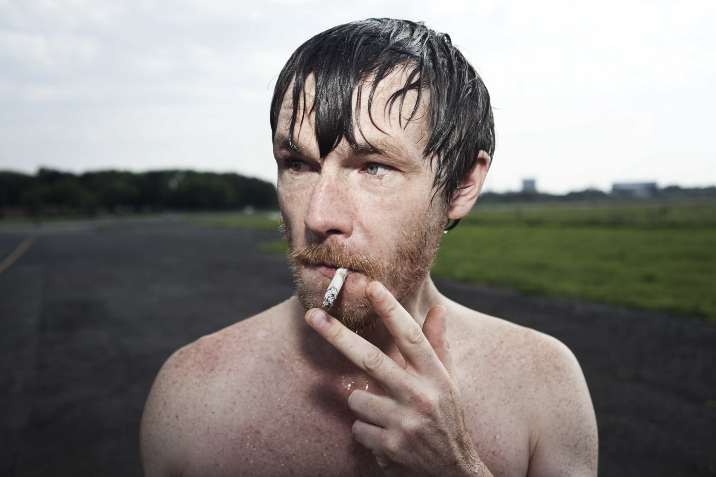 mute-swimmer-smoking-by-hashatasteriskpercent.jpg