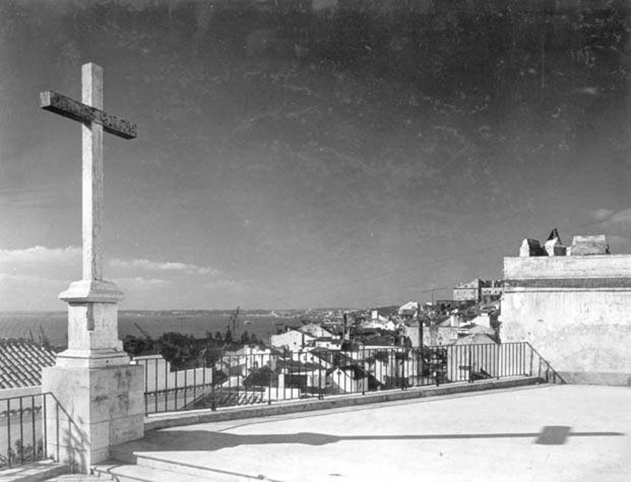 Cruzeiro da Igreja de Santo Estêvão, 1963, foto