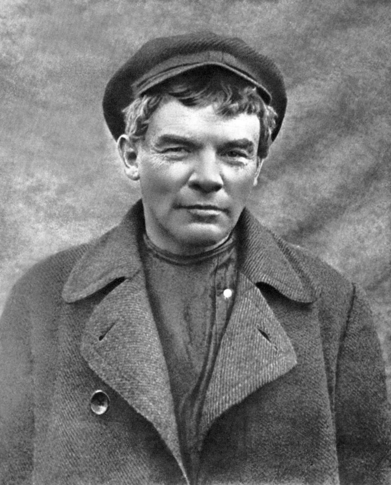 Lenin last underground_1917