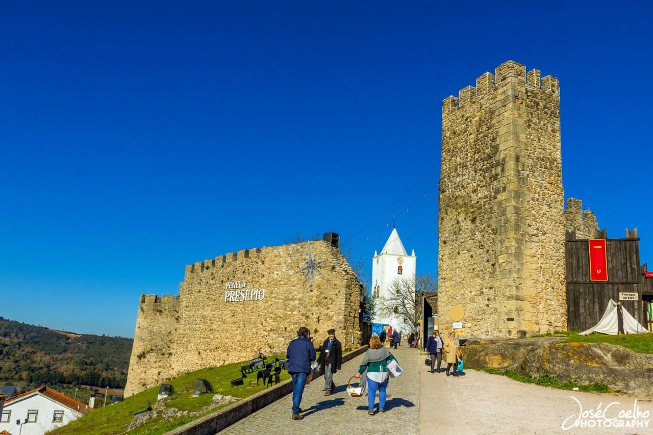 PENELA - A vila do pequeno castelo medieval e do maior