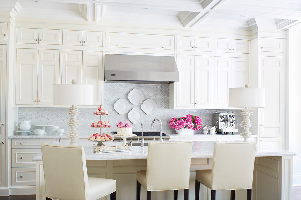 white-backsplash-how-to-tiles-neutral-decor-design