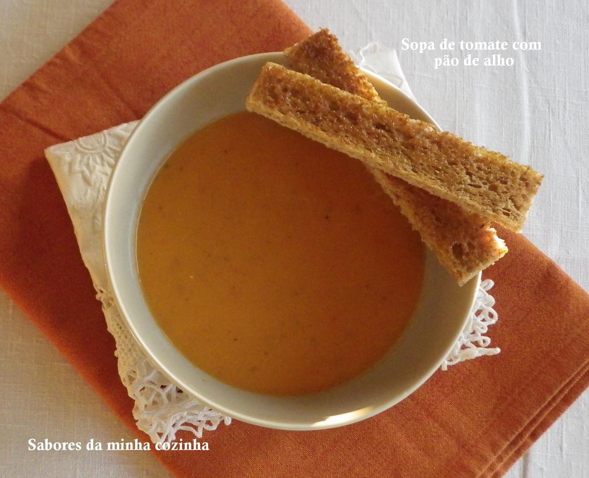 IMGP5829-Sopa de tomate com pão de alho-Blog.JPG
