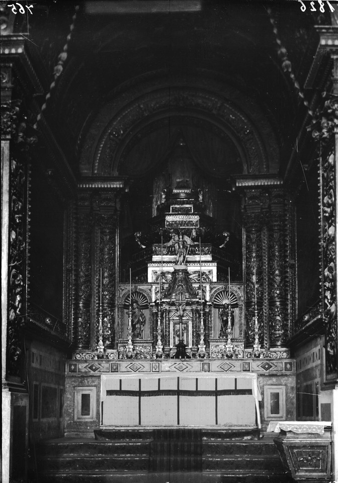 Altar da Igreja dos Anjos.jpg