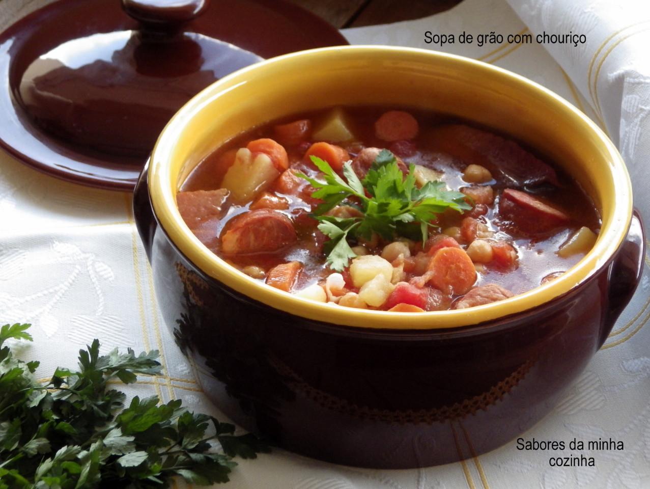 IMGP8359-Sopa de grão com chouriço-Blog.JPG