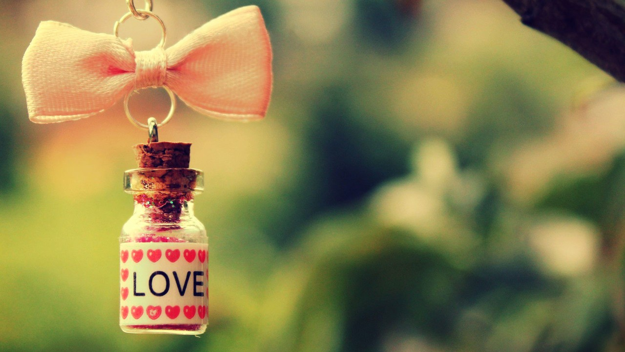 love-bottle-wallpaper-1.jpg