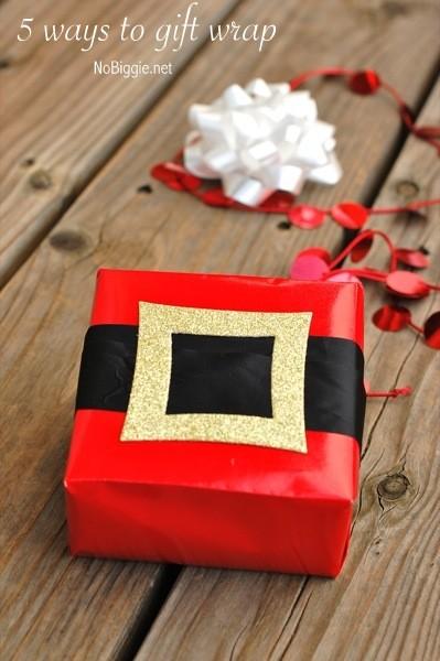 santa-belt-30-cute-ways-to-wrap-Christmas-presents