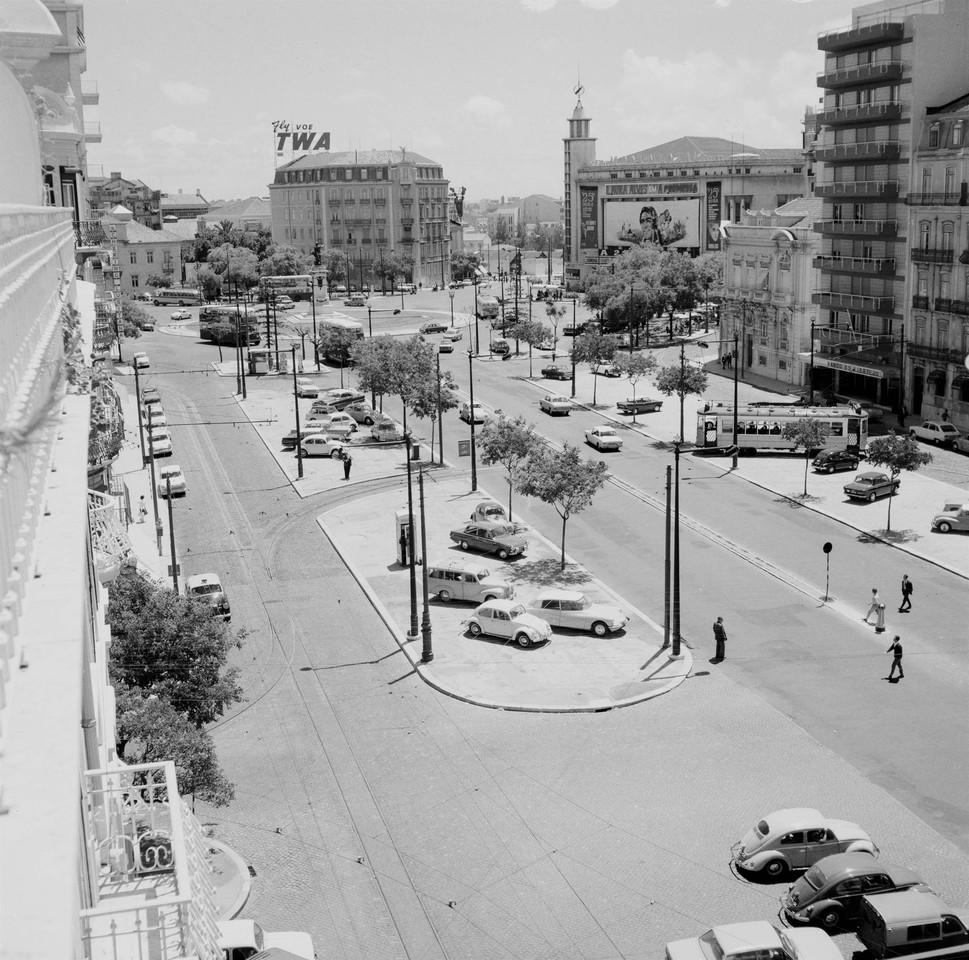 Avenida da República, após obras de pavimentaç
