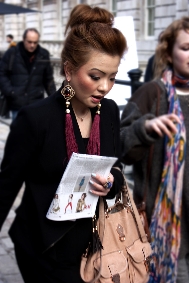 street-style-huge-earrings.jpg
