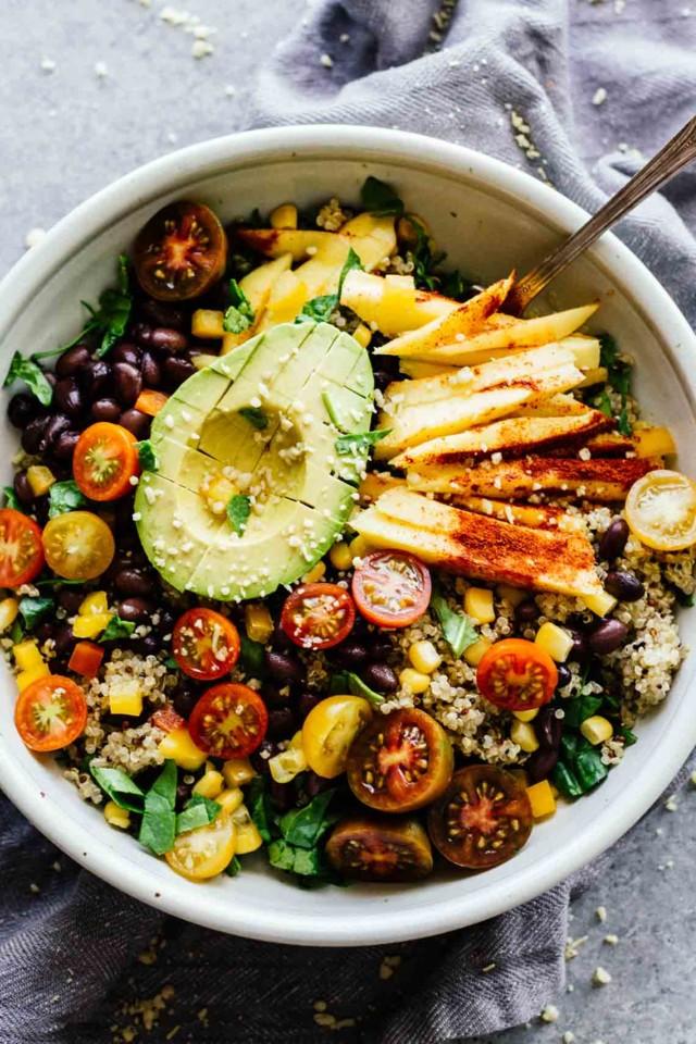 Chili-Mango-Zesty-Quinoa-Salad-4.jpg